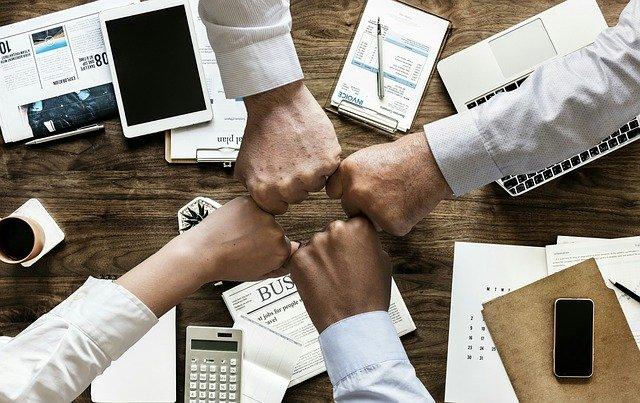 Fusão, cisão e incorporação em empresas contábeis: entenda cada um dos processos